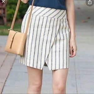 J Crew Linen Crossover Wrap skirt in stripe sz 6
